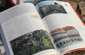 "Illustrated guide ""Cēsis Castle"""
