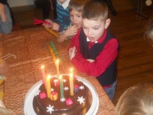 Dzimšanas_diena_sveces